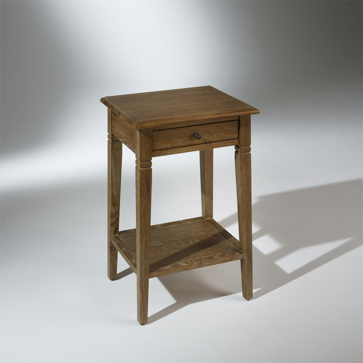 table de chevet ch ne massif eliza. Black Bedroom Furniture Sets. Home Design Ideas