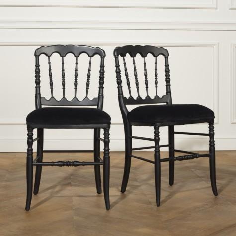2 Chaises Napoléon III, laquées noires et velours
