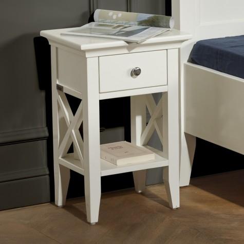 table de chevet vanessa. Black Bedroom Furniture Sets. Home Design Ideas