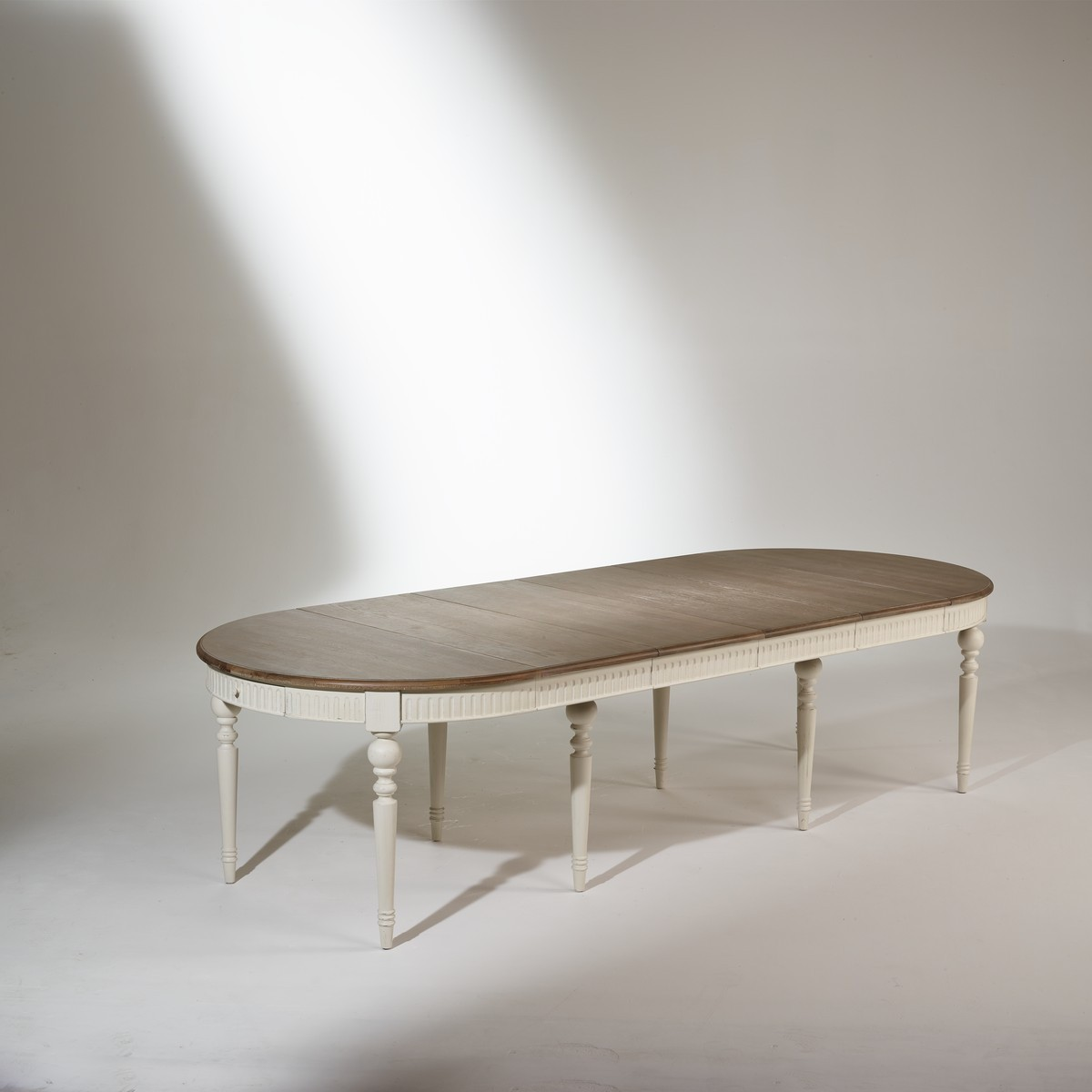 Amazing table de salle manger volutive de couverts with for Table salle manger 16 couverts